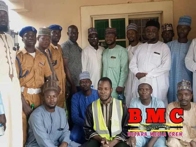 Coordinator BMC, Alh. Habu Aliyu, (Babah Gambus)  receives JIBWIS Biu branch on courtesy visit.JIBWIS Biu branch pay courtesy visit to coordinator BMC and to thank him for his effort towards ensuring that projects & programs outlined by Rt. Hon. Betara benefit the masses. The organisation also extends same vote of thanks to all members of Betara movement because they are all partners in progress that mean well for our society & public in general.Betara Media Crew (BMC)02 August, 2020.