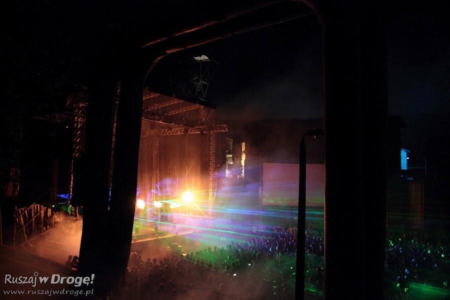 Pokaz laserów na koncercie finałowym Industriady w Zabrzu