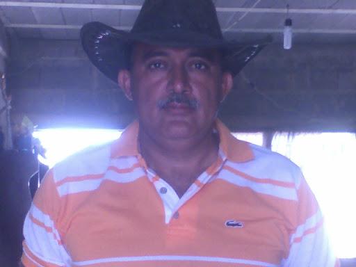 Cruz Leon