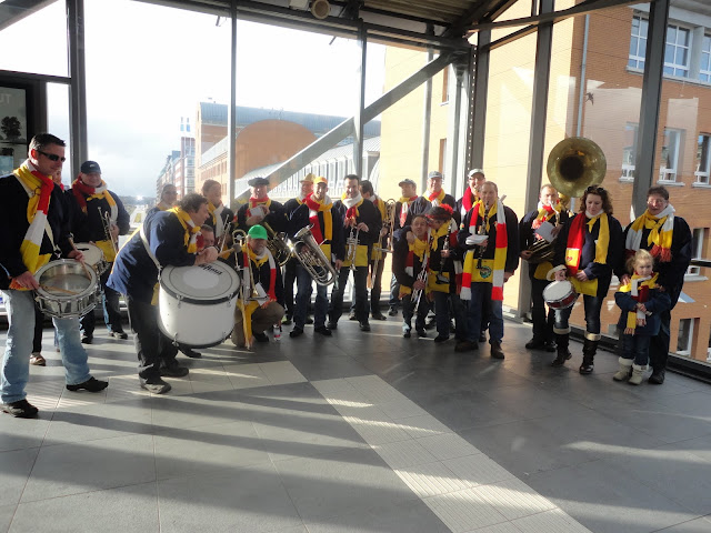 2012-02-19 tm 21 Carnaval in Oeteldonk - DSC00370.JPG