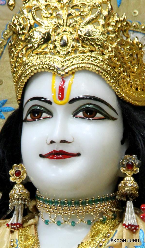 ISKCON Juhu Mangal Deity Darshan on 24th Oct 2016 (13)