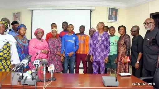 Joy as kidnapped students arrive Lagos, meet parents