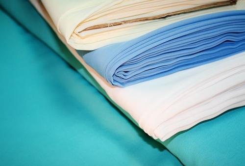 Algunos conceptos de telas en fibras artificiales. El rayón