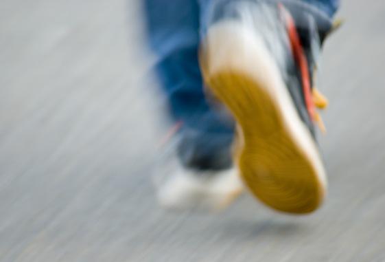 walking feet blur