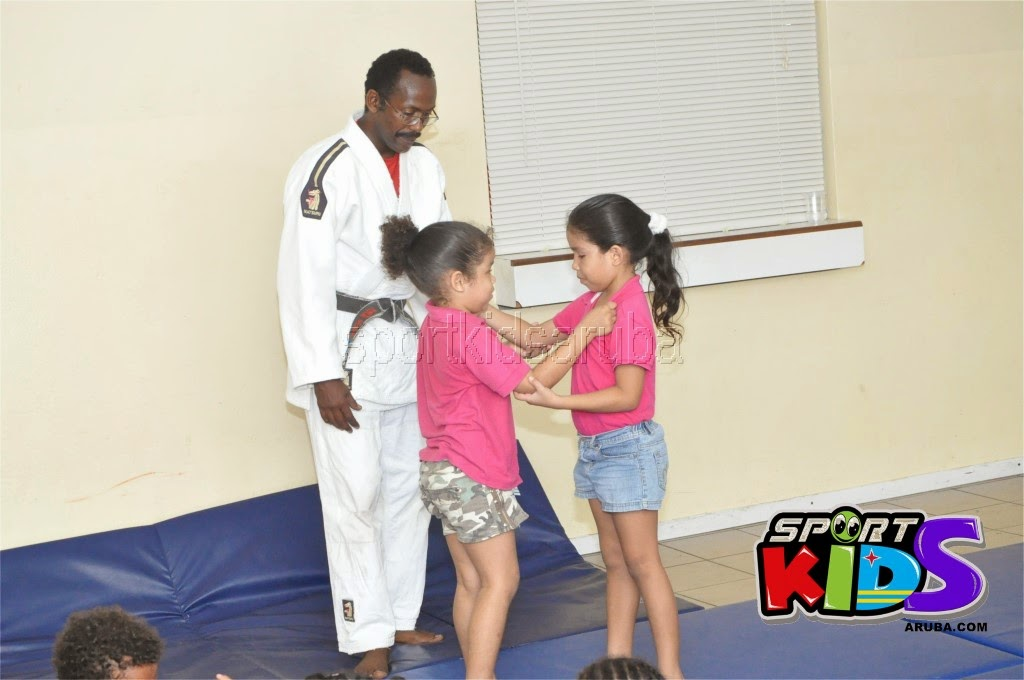 Reach Out To Our Kids Self Defense 26 july 2014 - DSC_3198.JPG