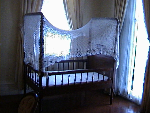 0730Inside_a_Southern_Mansion_-_New_Orleans