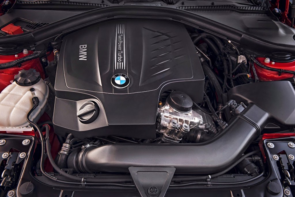 2014-BMW-4-Series-Coupe-CarscoopS92[2]