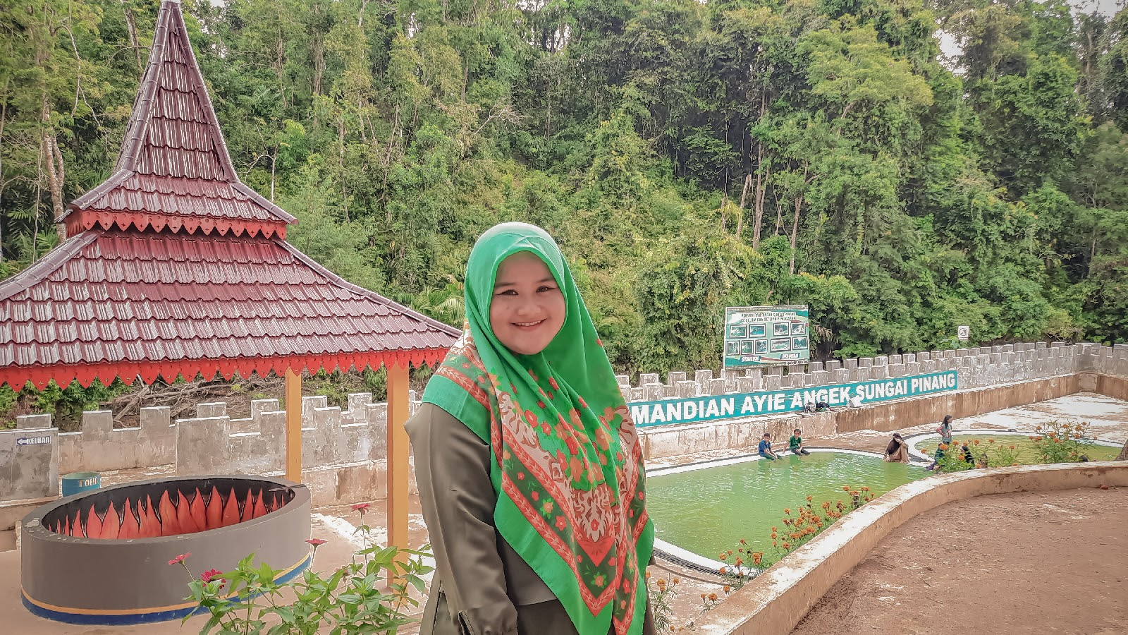 Wisata Pemandian Air Panas Sungai Pinang
