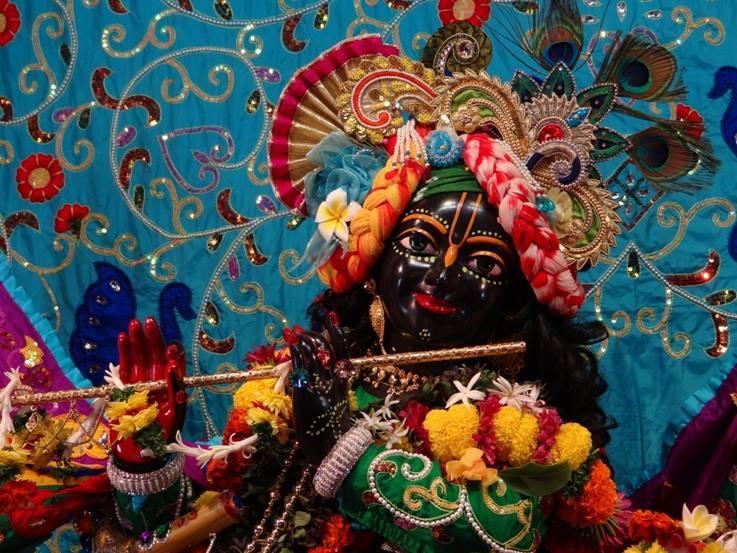 ISKCON Nigdi Deity Darshan 06 Jan 2016 (23)