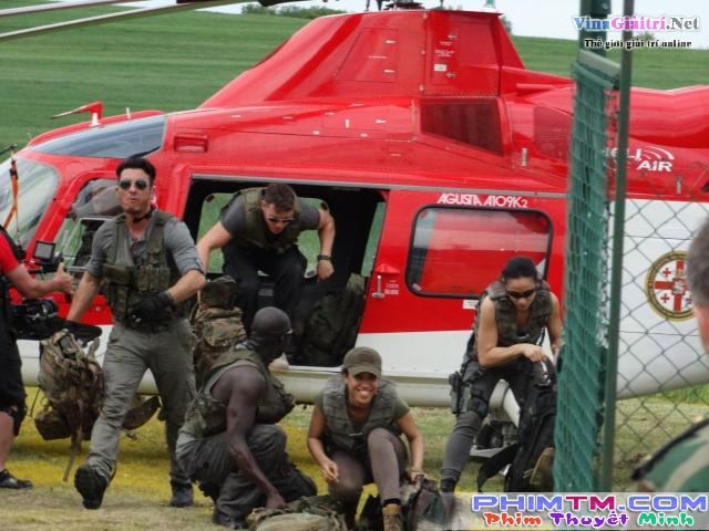 Xem Phim Lính Bắn Tỉa: Truy Tìm Nội Gián - Sniper: Ghost Shooter - phimtm.com - Ảnh 3