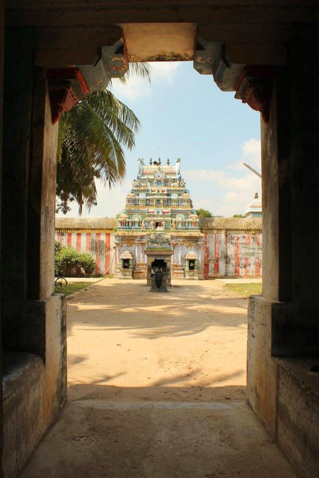Sri Vilvavananathar Temple, Thiruvaikavur, Papanasam - 275 Shiva Temples