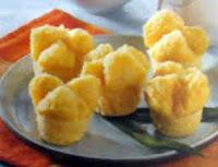 Kue berbentuk mangkok ini juga bisa kreasikan dengan mnggunakan ubi sebagai bahan utamany RESEP KUE MANGKOK UBI