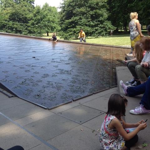 Londres viajar con niños Palacio de Buckingham cambio de guardia
