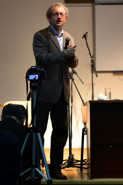Conferinta Despre martiri cu Dan Puric, FTOUB 081