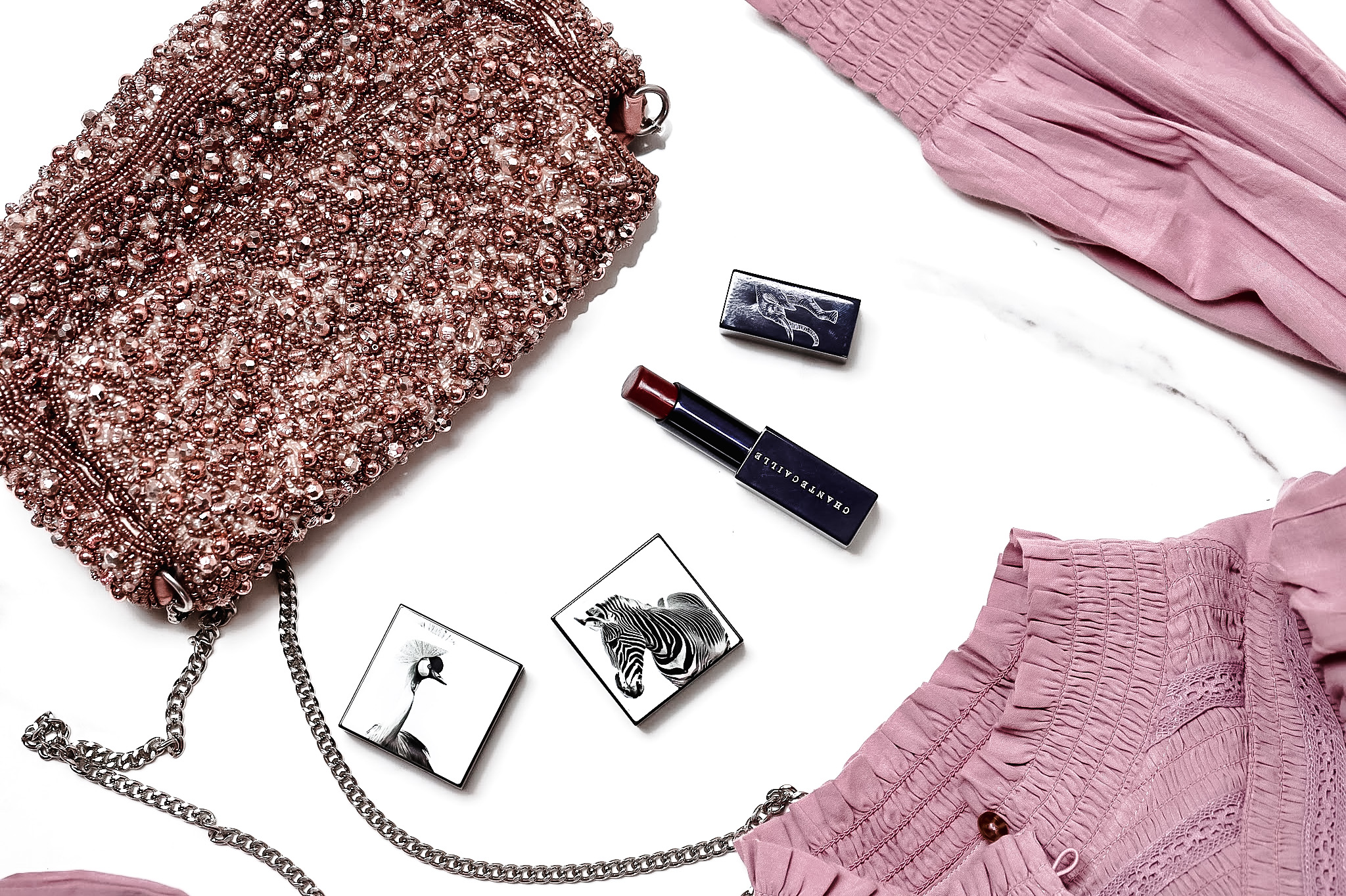 Chantecaille Luminescent Eye Shade Zebre Rose Gold Grue Bordeaux Lip Veil Elderberry