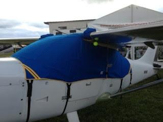 jas hujan rain cover pesawat
