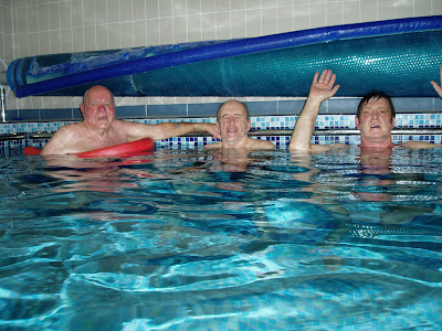 Folks enjoying another session at the Hydrotherapy Pool - Feb 2013