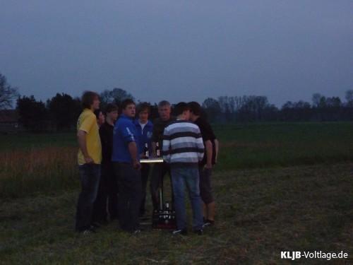Osterfeuer 2009 - P1000225-kl.JPG
