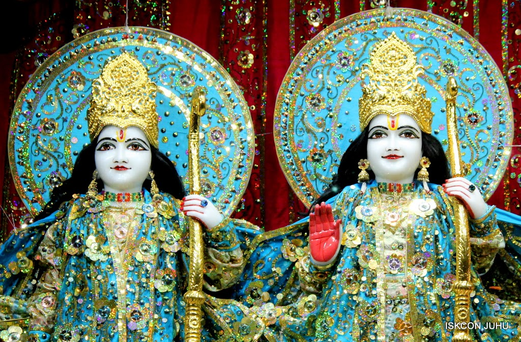 ISKCON Juhu Mangal Deity Darshan 11 Jan 2016  (8)