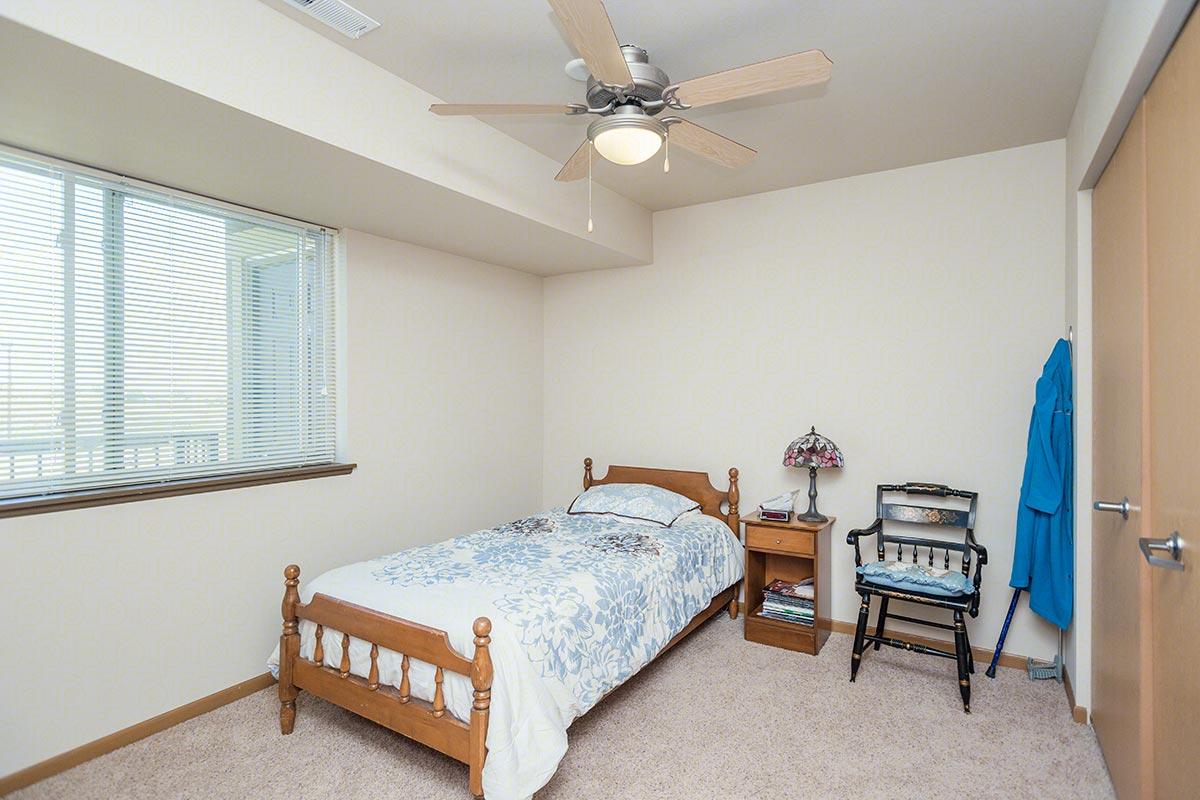 One bedroom one bath d floorplan 1 bed 1 bath covey run senior apartments in sheridan for One bedroom senior apartments