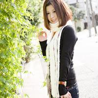 Bomb.TV 2008.02 Akiko Hayashi ah002.jpg