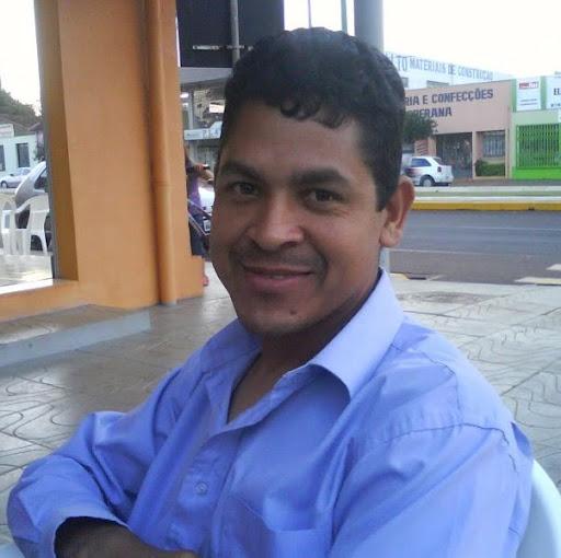 Daniel Lara Photo 38