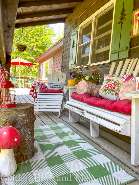 Front porch at a mountain cabin - www.goldenboysandme.com