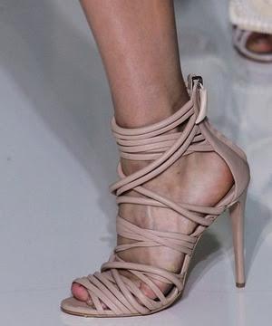 Dolamalı, ipli pudra ayakkabı modeli