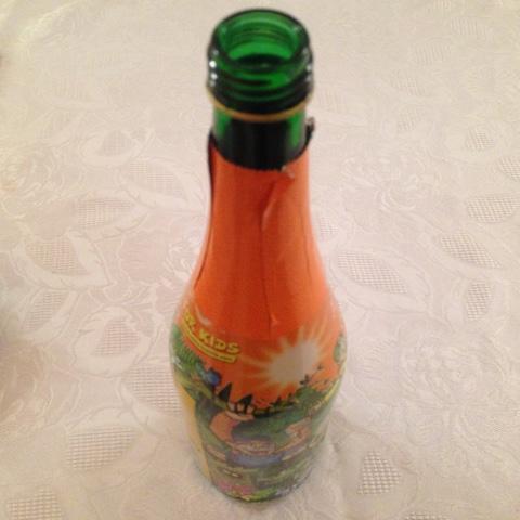 Leere Flasche Kindersekt