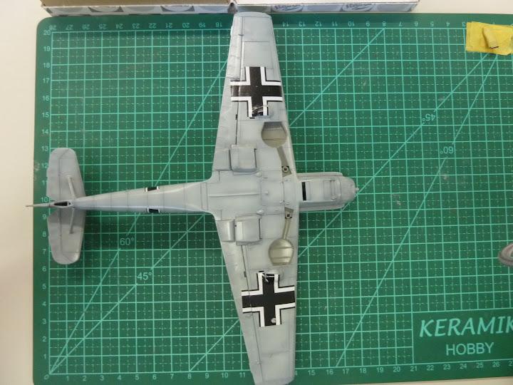 Bf-109 E-3 Tamiya 1/48 - Reforma pintura P1020505
