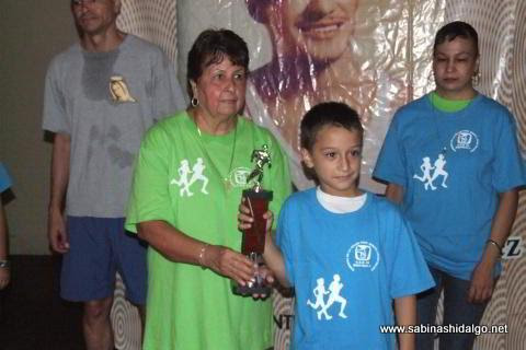Daniel Morales Pérez triunfó en 6-9 años varonil