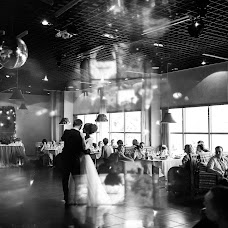 Wedding photographer Roman Zhdanov (Roomaaz). Photo of 09.09.2017