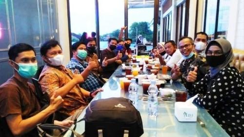 Di Bulan Ramadan, Diskominfo Padang Pererat Silaturahim Bersama Awak Media