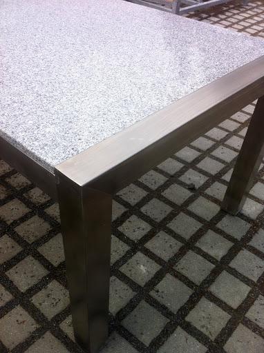 Gartentisch wohnzimmertisch 220x100 naturstein hell for Esstisch untergestell edelstahl
