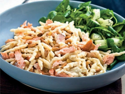 Hot-smoked salmon with creamy pasta and pine nuts