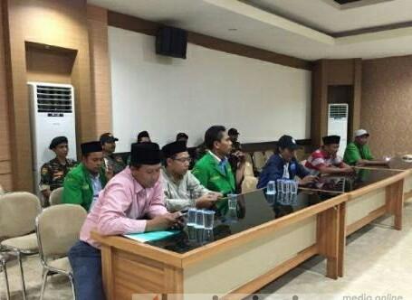 Sering Menghantam Amaliah Umat Islam Indonesia, Setelah Tegal, Kalimantan, Masyarakat Gresik Tolak Ceramah Khalid Basalamah