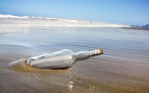 21-bottle-beach-sand-wallpaper.1440