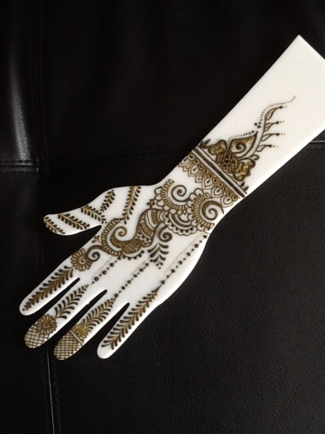 practice henna with acrylic hand template
