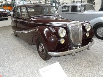2017.08.24-185 Daimler Limousine Type DF 302 1954