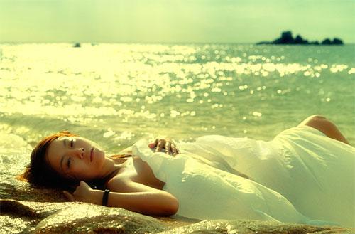 Thơ tình buồn 5 chữ viết về Biển