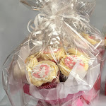 Pink cupcake bouquet 2.jpg