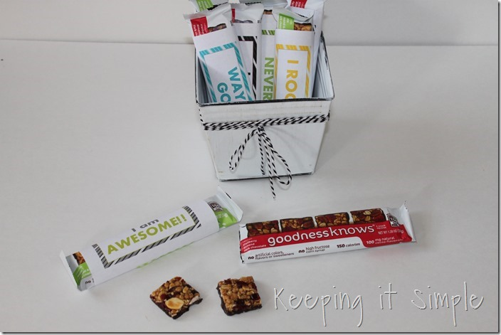 #ad Fruit-and-nut-snack-bar-with-motivational-wrappers #TryALittleGoodness (8)