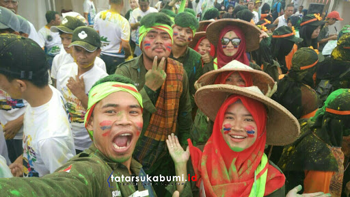 Sabet 10 Juta, Jari Juarai Geo Colour Fun Run Geopark Ciletuh