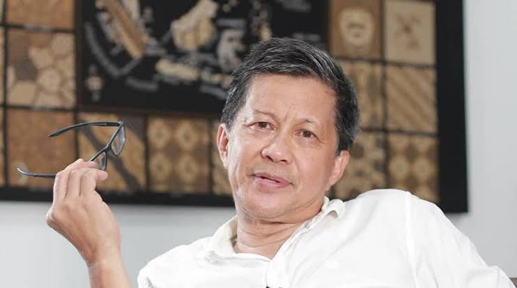 Rocky Gerung: Kenapa Ada Bom Gereja Makassar saat Sidang HRS Bergulir?