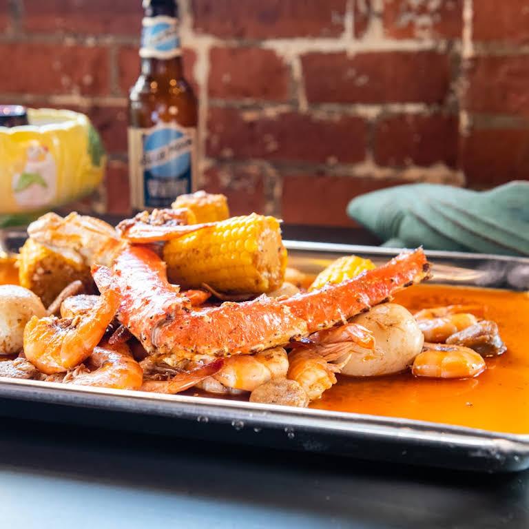 Chosen 1 Cajun Seafood Seafood Restaurant In Hartford