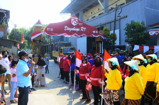 Nyaba Kampung Ala Karang Taruna RW 05 Bekasi Jaya