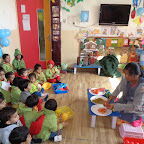 Making Colourful Healthy Salad (Playgroup) 03.02.2016