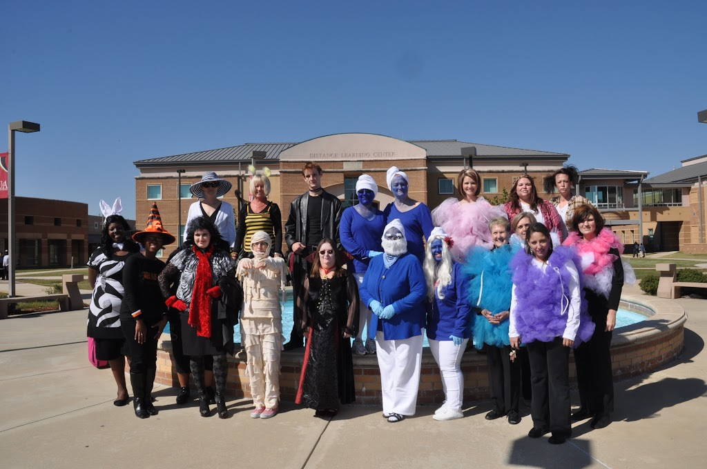 Halloween Costume Contest 2012 - DSC_0228.JPG