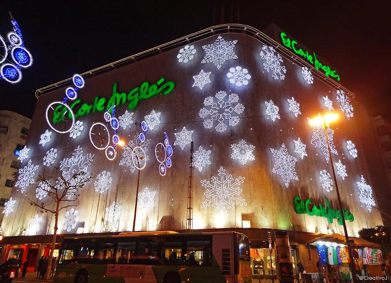 luces navidad, Corte Inglés, Gran Capitán, ronda de los tejares, córdoba, españa, navidad, festividad, decoración navideña