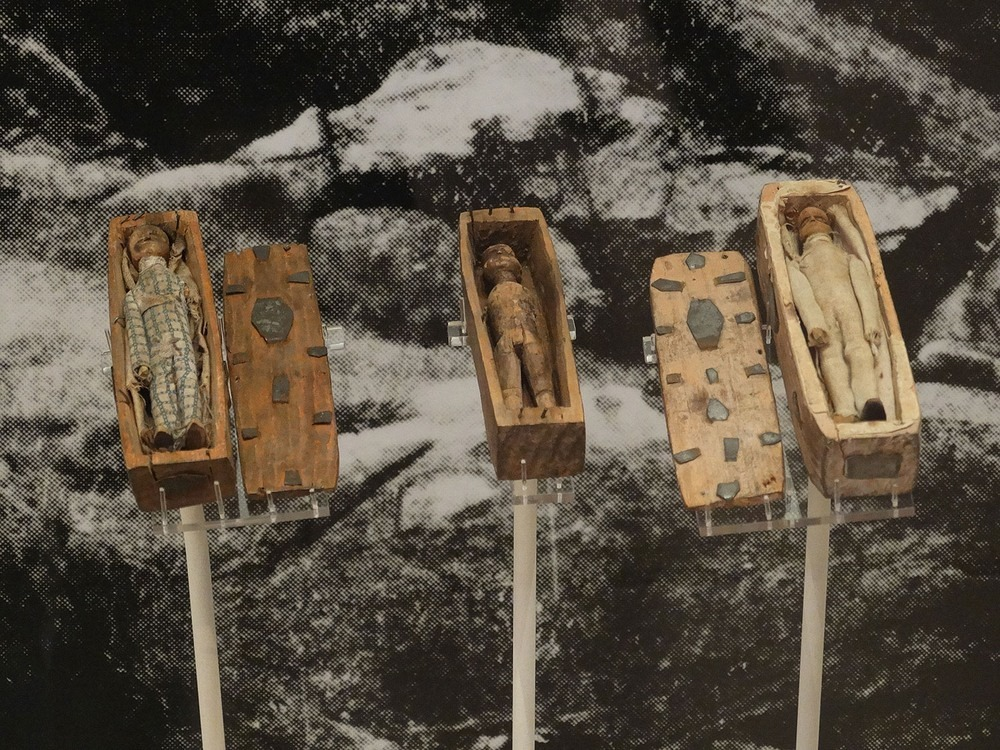 arthurs-seat-coffin-3